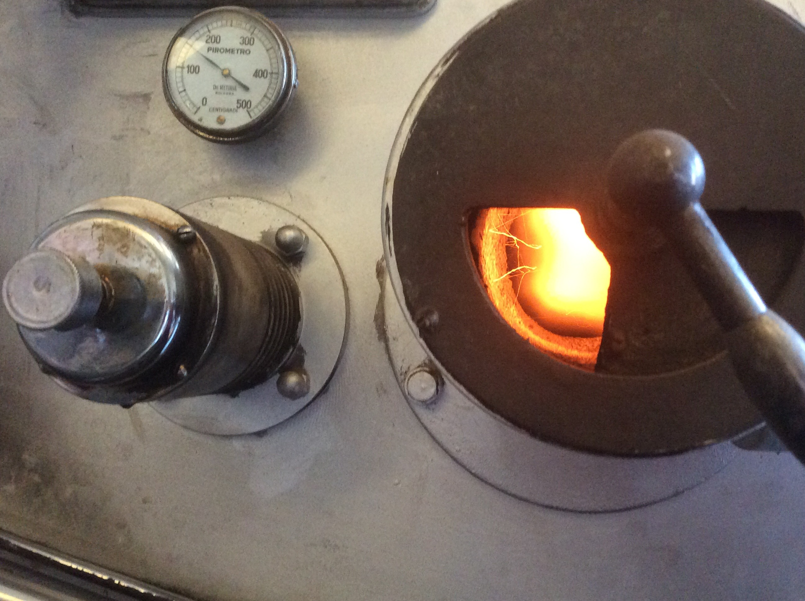 Direct flame roasting